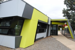 Harvester Technical College (Sunshine College Campus) - Carpentry, bricklaying, engineering & hairdressing