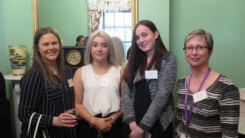 Lea and 3 SWL students-WIB Lunch 14 9 18